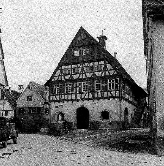 Rathaus vor Kriegszerstörung