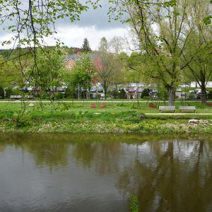 Donauufer mit Sitzmöglichkeiten