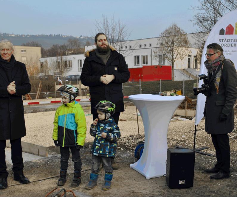 Grundsteinlegung mit Oberbürgermeister Dr. Jürgen Zieger