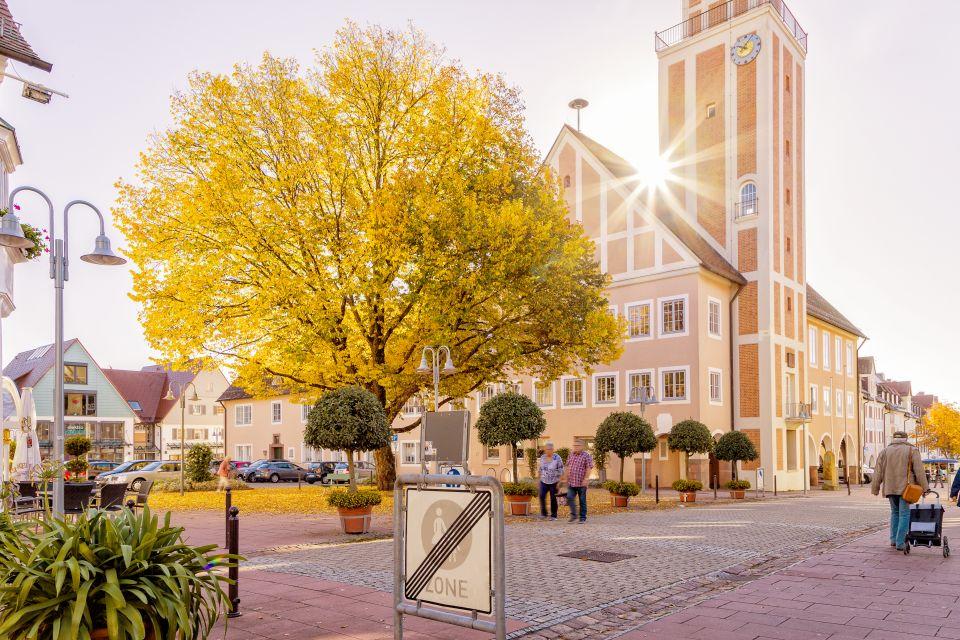 Rathaus und Kasernenplatz