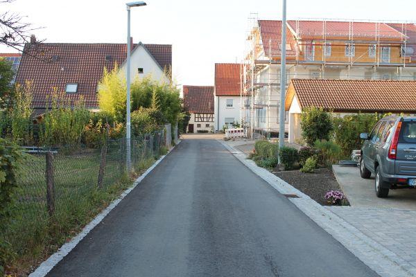 Straße mit Baumaßnahme